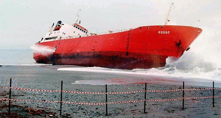 jolly-rosso-navi-veleni